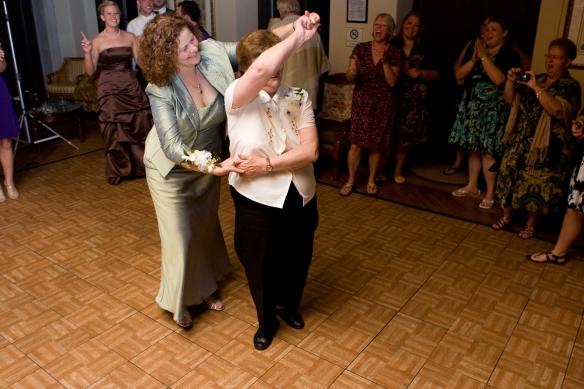 Mum Spinning Nan
