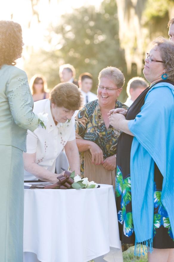 Nan signing
